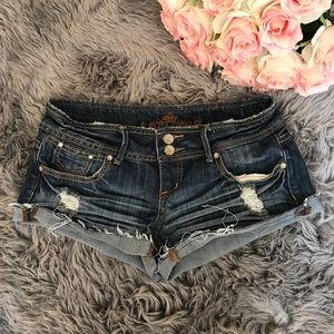 .:ALMOST FAMOUS JEAN SHORTS, 3:.